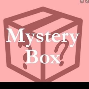 Mystery box of 12 items includes one NWT